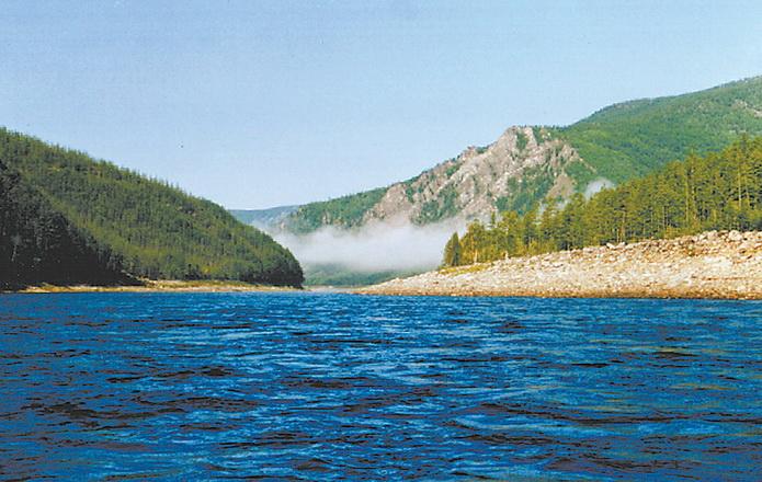 Учур. Река Учур в Якутии