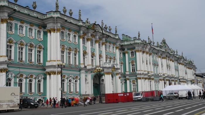 Дворцовая площадь - Санкт-Петербург