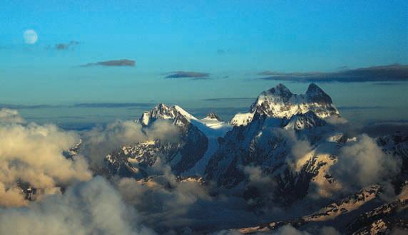 Ушба гора, фотография горы Ушба