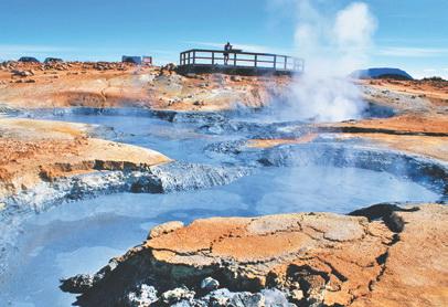 Исландия. В зоне геотермальной активности вулкана Крафла