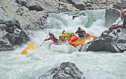 Сплав в Китае. Порог-водопад Лао Дмитрич.