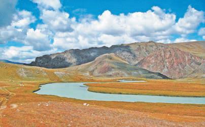 Алтай. плато Укок, река Ак-Алаха
