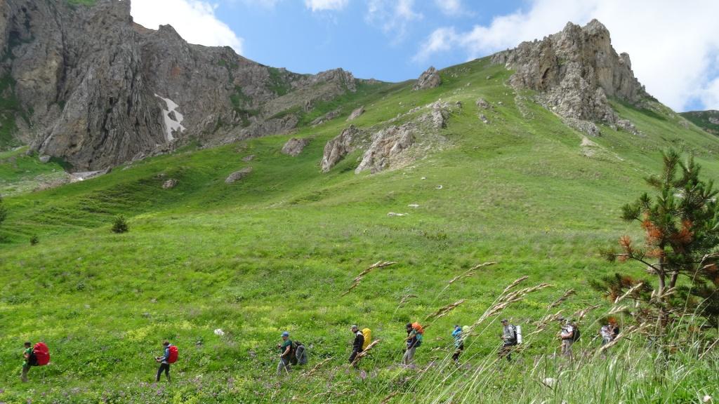 Маршрут 30 от СВ-Астур - тур для начинающих в горах с легким рюкзаком