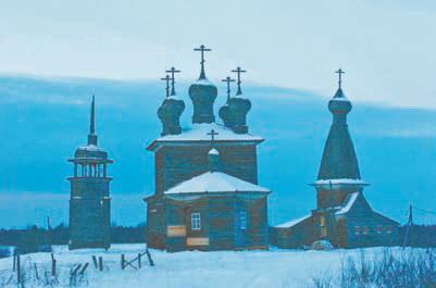 Старинные церкви в деревне Абрамовской