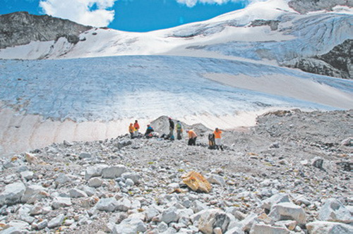 Кавказ, Ледник Джалпак и перевал В. Актур