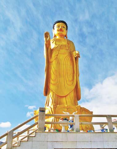 Монголия. 20-метровая статуя Будды (Улан-Батор, район Зайсан)