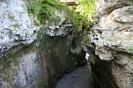 """Каньон - Хаджохмеая теснина.<span style=""""line-height: 20px;"""">При глубине каньона до 20 метров его длина составляет 350-400 метров. И на всем его протяжении река грохочет и бурлит, с бешеной энергией штурмуя седые стены ущелья.</span>"""
